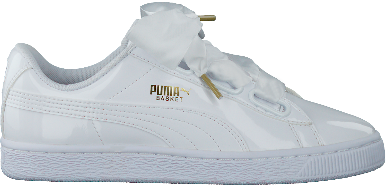 Weiße PUMA Sneaker BASKET HEART PATENT | Omoda