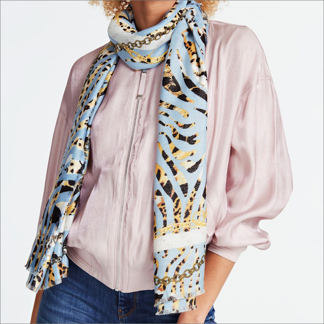 Mehrfarbige/Bunte GUESS Schal PRINTED SCARF  - large