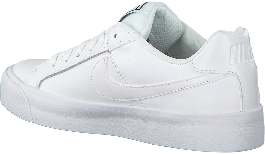 Weiße NIKE Sneaker COURT ROYALE AC WMNS  - larger