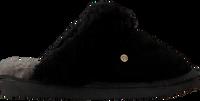 Schwarze WARMBAT Hausschuhe FLURRY  - medium