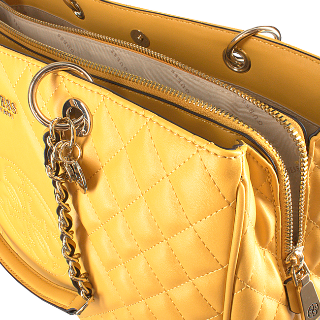 Goldfarbene GUESS Handtasche SWEET CANDY LARGE CARRY ALL  - large