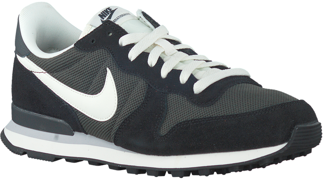 Schwarze NIKE Sneaker INTERNATIONALIST MEN - large
