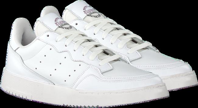 Weiße ADIDAS Sneaker low SUPERCOURT J  - large