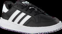 Schwarze ADIDAS Sneaker low TEAM COURT C  - medium