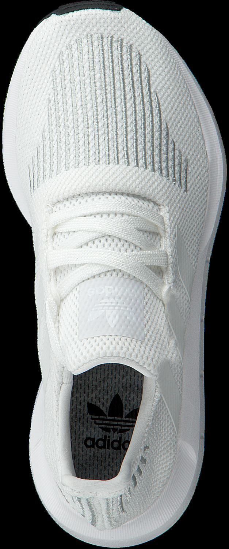 584c4c8d34a42 Weiße ADIDAS Sneaker SWIFT RUN J - large. Next