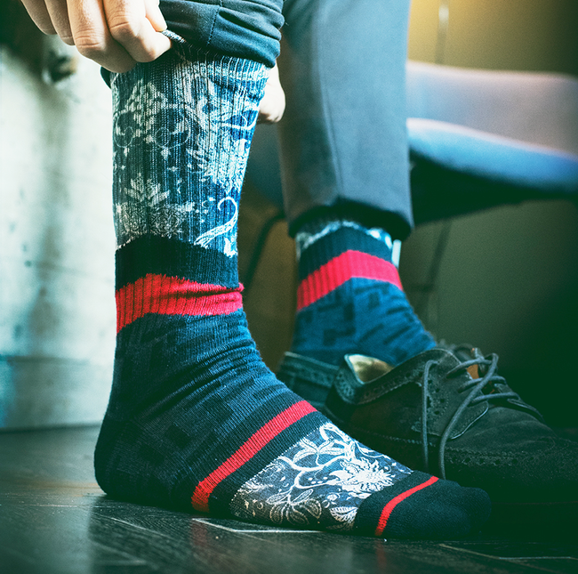 Graue XPOOOS Socken EAST WEST - large