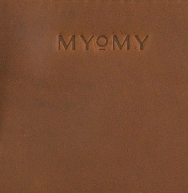 Cognacfarbene MYOMY Beuteltasche MY BOXY BAG CAMERA  - large