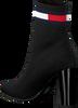 Schwarze TOMMY HILFIGER Stiefeletten SOCK HEELED BOOT  - small