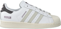 Weiße ADIDAS Sneaker low SUPERSTAR  - medium