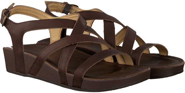 brown OLUKAI shoe NANA  - large