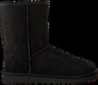 Schwarze UGG Winterstiefel CLASSIC SHORT II - medium