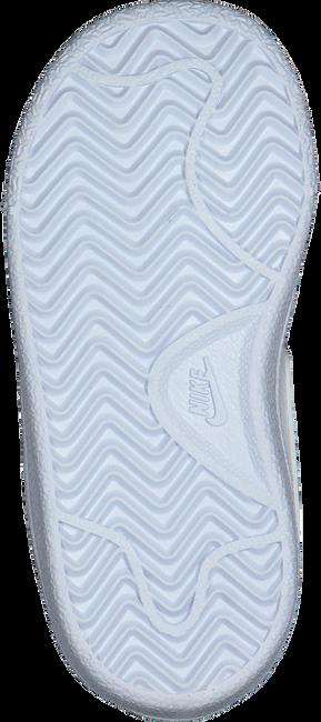 Weiße NIKE Sneaker COURT ROYALE (TDV)  - large