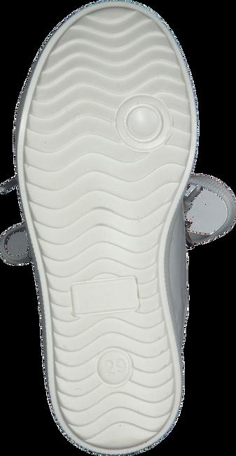Weiße OMODA Sneaker WONDER - large