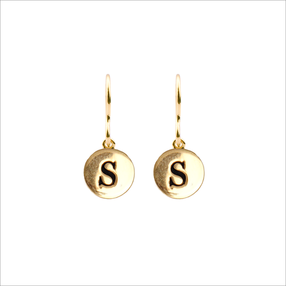 Goldfarbene ALLTHELUCKINTHEWORLD Ohrringe CHARACTER EARRINGS LETTER wZPWa