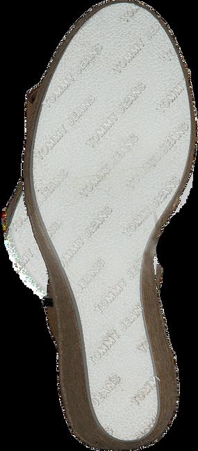 Cognacfarbene TOMMY HILFIGER Sandalen NATURAL WEDGE  - large